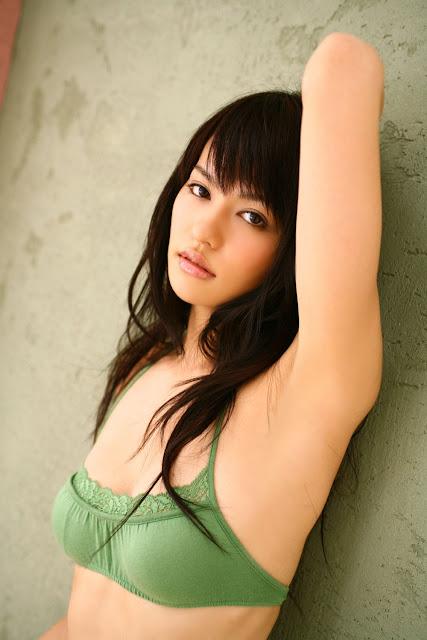 Yuriko Shratdri sexy girls.jpg