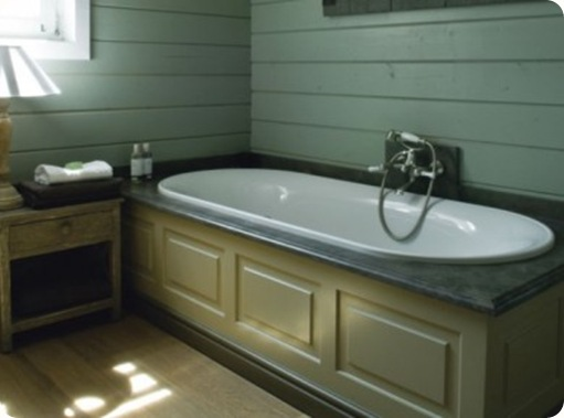 Un-coffrage-sur-mesure-pour-cette-baignoire_carrousel_gallery