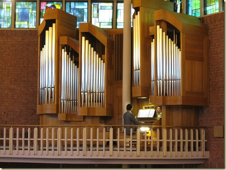 2008_06_29_Freiburg_organ_in_Mutterhaus_church_JO-IMG_1077