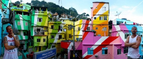 A bela favela colorida de Santa Marta no Brasil