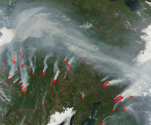 Fires and smoke in eastern Siberia, 30 July 2010, viewed from the Terra satellite. NASA / MODIS