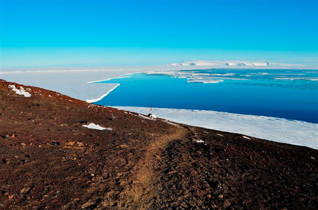 Cape Armitage looking towards White Island, Antarctica, 22 Feb 2011. New Zealand's Antarctic base is getting closer to becoming prime waterfront property as conditions in the Southern Ocean change. The breaking up of sea ice in McMurdo Sound means the sea is now within a kilometre of Scott Base, providing easier shipping access. At nearby McMurdo Station, the seafront is ice-free. odt.co.nz