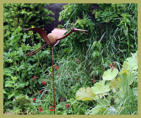 Petits nouveaux au jardin: déco. - Page 2 Deco10%2006%2010_0008RM