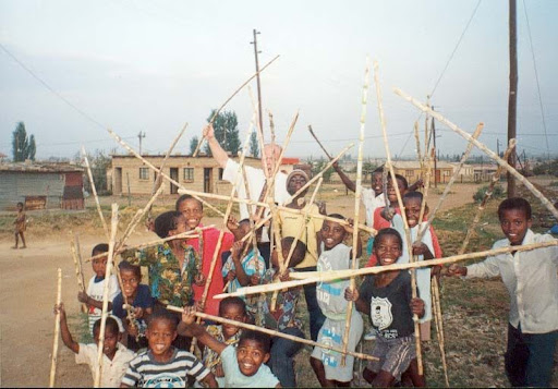 Picture link game. Zulu_Stick_Fighting