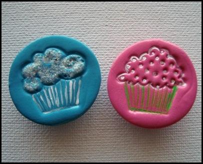2-Cupcake Magnets