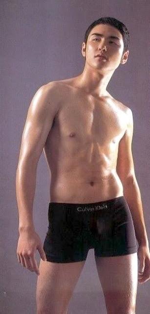 Ethan Ruan nude