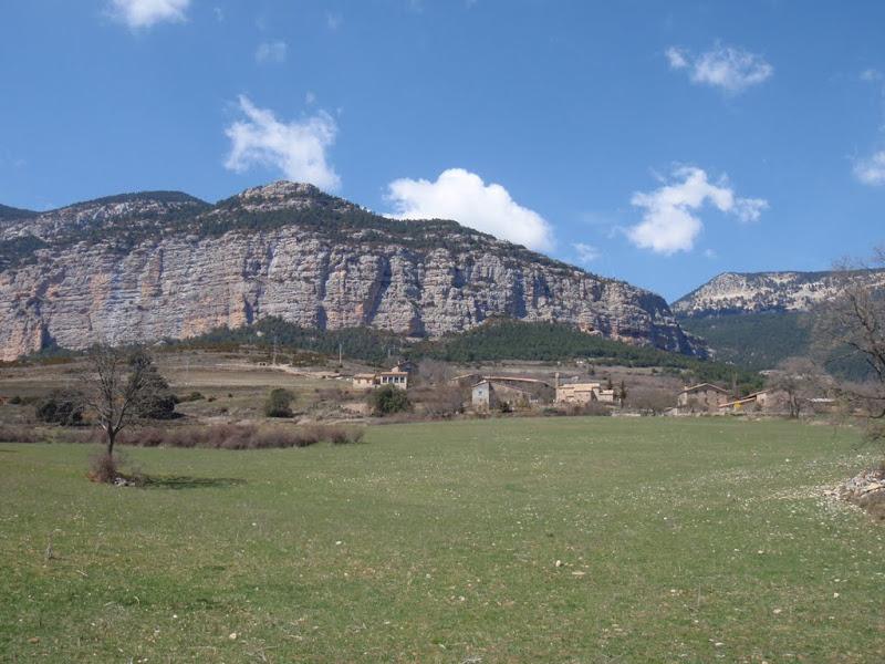 Poble i roca de Canalda