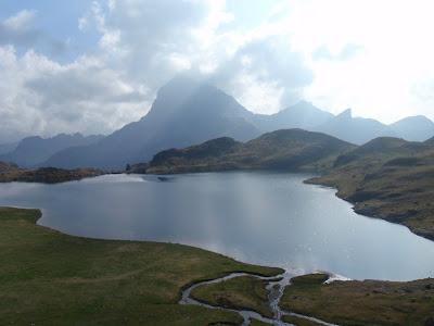 Llac Gentau i Midi d'Ossau
