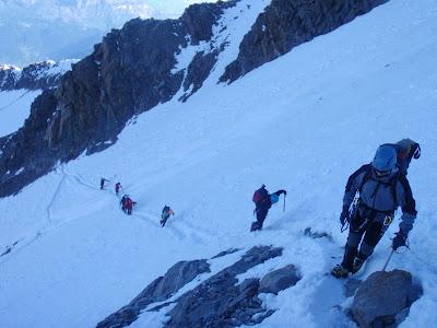 El grup creuant la Bolera