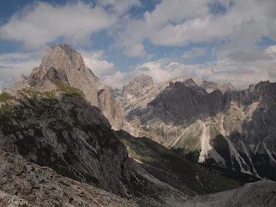 A l'esquerra el cim del Catinaccio