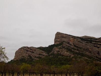 Punta Carrascal (esquerra) i Punta del Barco (centre)
