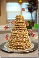 Norwegian wedding cake (2)