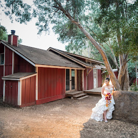 Beautiful Rustic by Yansen Setiawan - Wedding Bride ( ranch, creative, art, losangeles, illusion, rustic, love, fineart, yansensetiawanphotography, prewedding, d800, wedding, lifestyle, photographer, la, yansensetiawan, nikon, yansen, engagement )