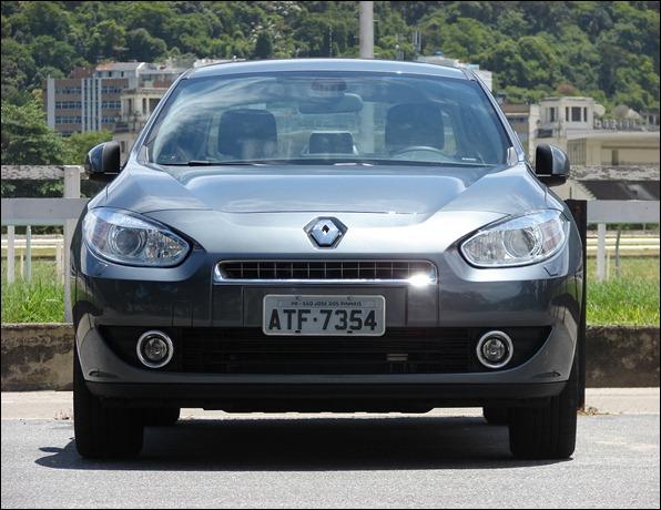 CarPoint News: Avaliação – Renault Fluence Privilége 2.0 16V 2011