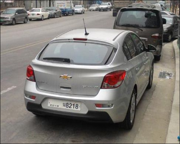 Chevrolet Cruze hatch é visto na Coréia do Sul