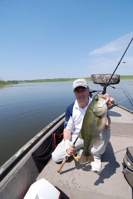 Perhaps the best bass lake in illinois show off your for Best fishing lakes in illinois
