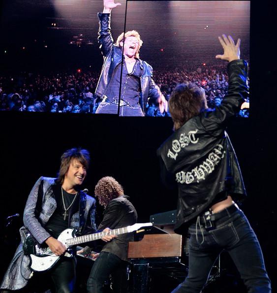 Rapidinhas: Ajude a montar o setlist do show da Bon Jovi no Youtube
