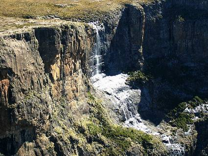 tugela falls Top 10 Highest Waterfalls in the World