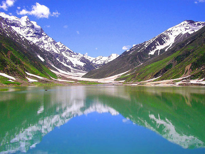 amazing lakes%20%284%29 Wonderful Lakes Around the World