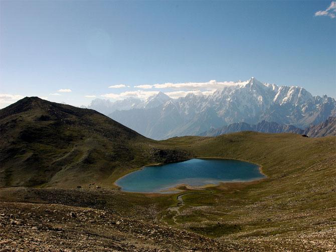 amazing lakes%20%289%29 Wonderful Lakes Around the World