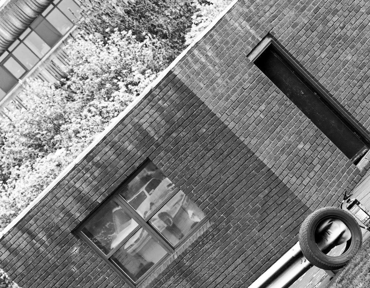 NC does Lincolnshire Police - buildings - 57_reflecting