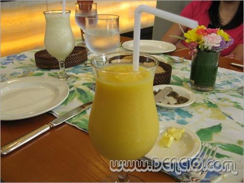 My Favorite... Mango Shake!