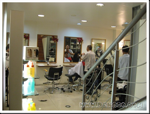 Salon Area, Clean and Sophisticated