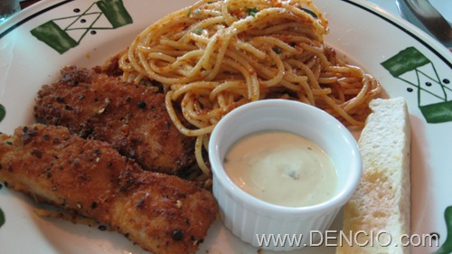 Sun-Dried Tomato Pesto Pasta with Pepper Crusted Fish Fillet P170