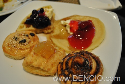 Bellevue Breakfast 39