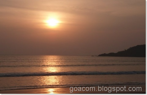 palolem beach sunset