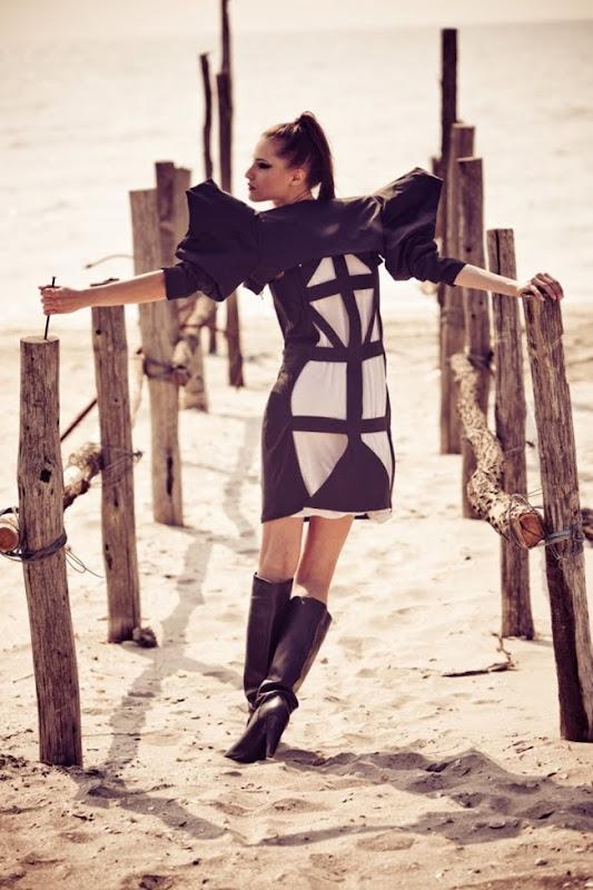 Corina Vladescu @ Bette's Vintage Line