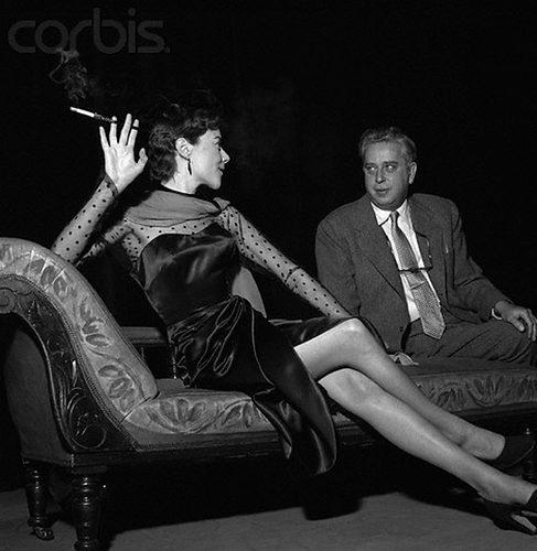 Dorothy Tutin Smoking.jpg