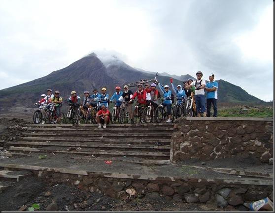 Merapi lava Tour 2011