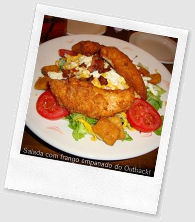 Salada com frango empanado do Outback