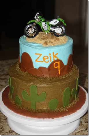 Zeik's 9th birthday cake 003