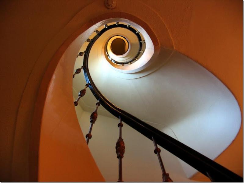 Spiral Stairway Hotel Amsterdam post by skip