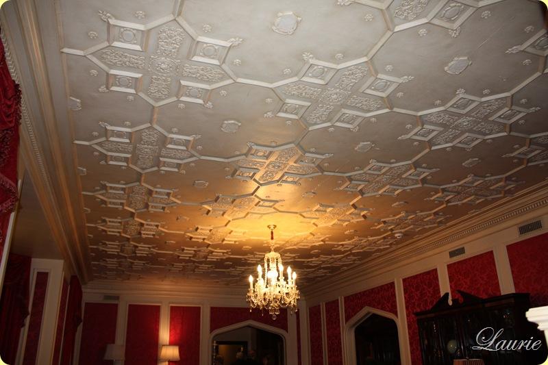 l r ceiling