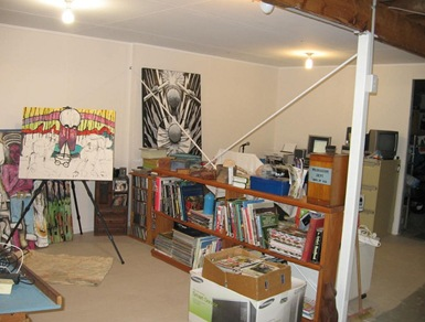 Half Studio R