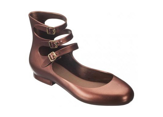 vivienne westwood melissa collaboration shoes, sustainable style, vivienne westwood shoes, melissa shoes, eco-friendly shoes, eco-friendly sandals, eco-friendly flats