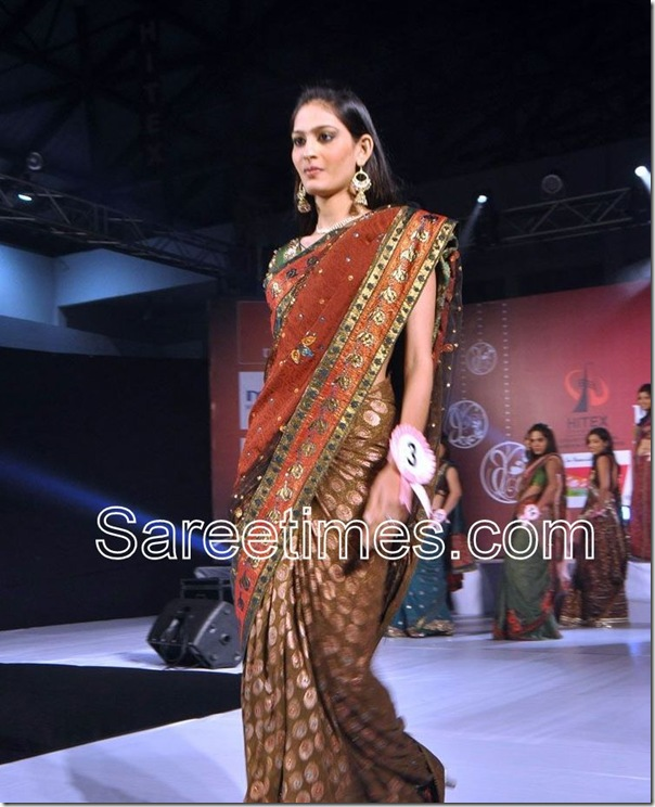 Maroon_Embellished_Designer_Saree