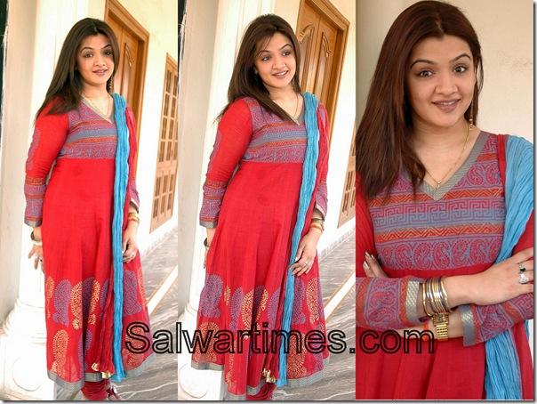 Aarti_Agarwal_Red_Designer_Salwar_Kameez