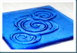 blue swirls in a fused glass dish