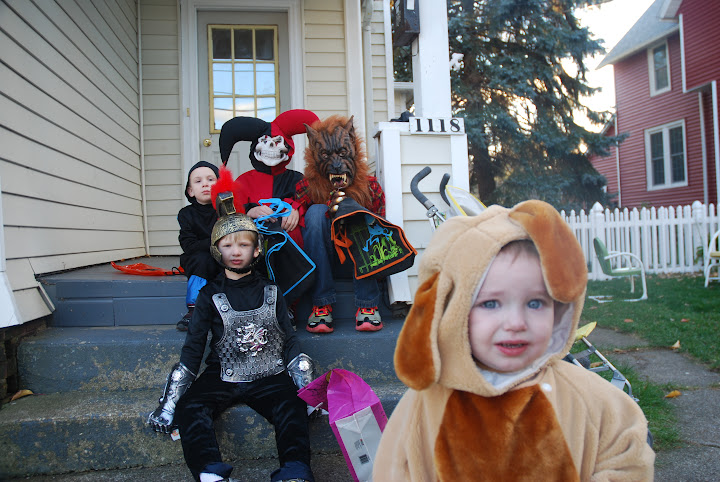 trick-or-treating, families, teenagers, teens, costumes