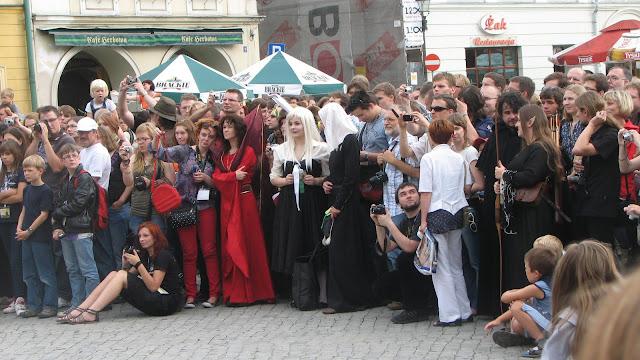 Copii, domniţe, domni şi elfi la concertul inaugural