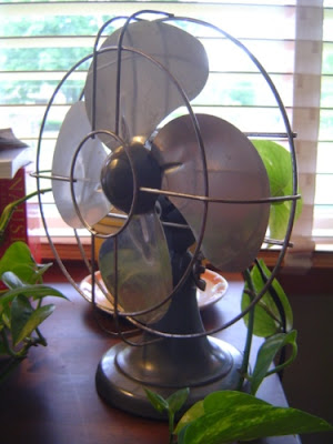image of table fan