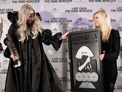 Lady Gaga recibe Homenaje