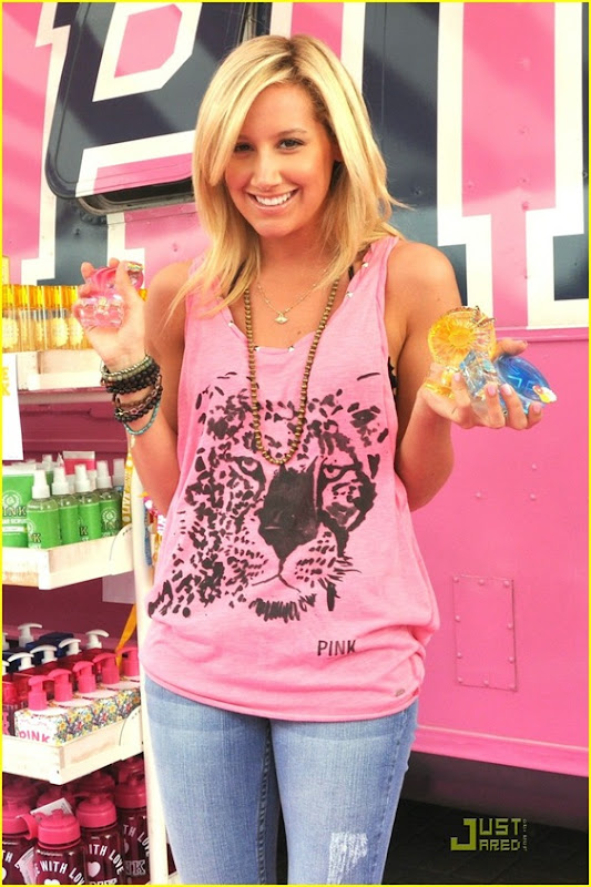 ashley-tisdale-life-pink-03