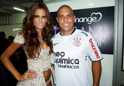 Izabel Goulart y Ronaldo