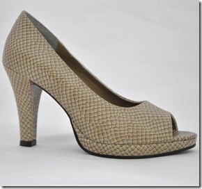 Sylvaine platform peep toe pumps