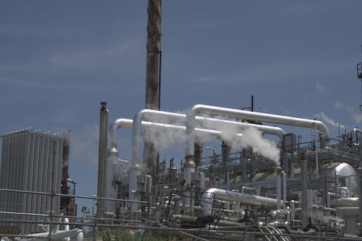 the oil refinery, closer-up